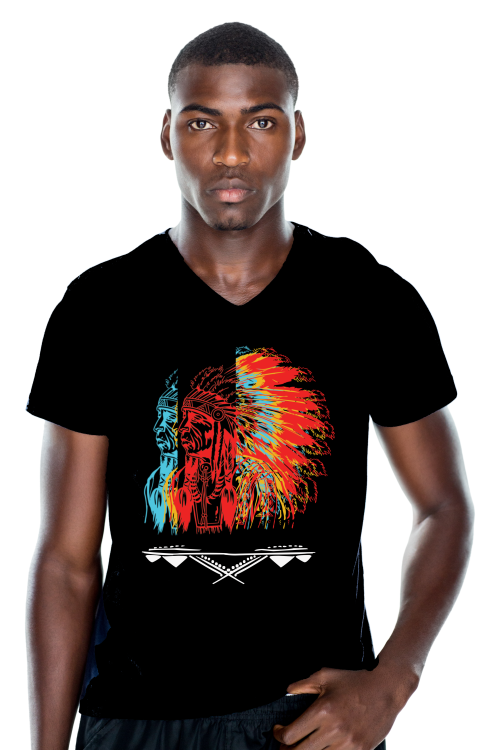 mannen t-shirt, mens shirt, zwart, opdruk, native, rood, geel, blauw, veren, v-hals, print, ten-eight design, korte mouwen, colour black, v-neck, short sleeves, red, blue, yellow, witte opdruk,